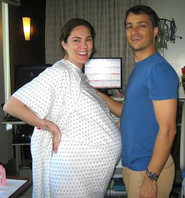 deva-pregnant1